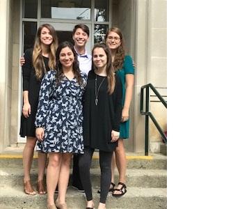 picture Grad class 2017